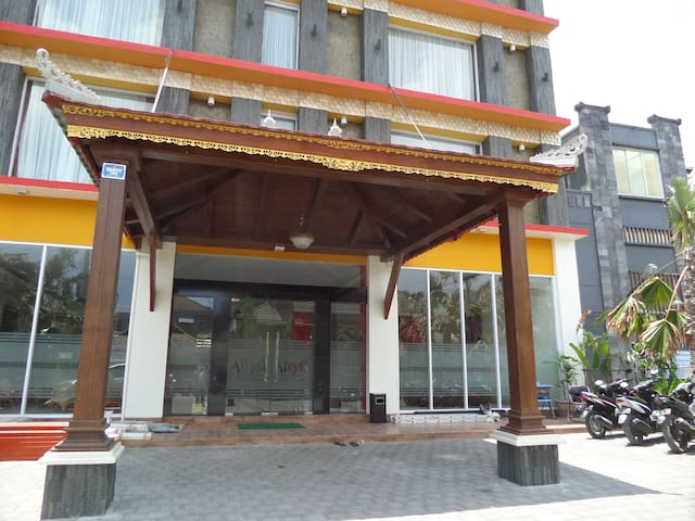 Twin Room for 20 Person Alkyfa 1 Denpasar