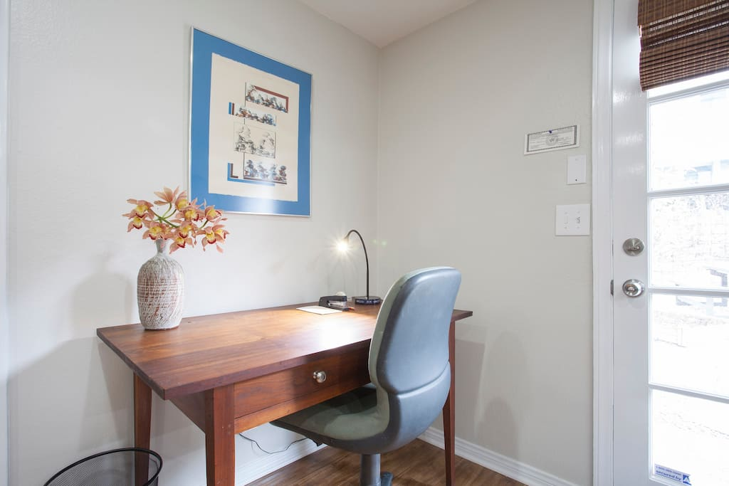 Convenient work space with Wi-Fi, comfortable chair, good lighting, USB ports.