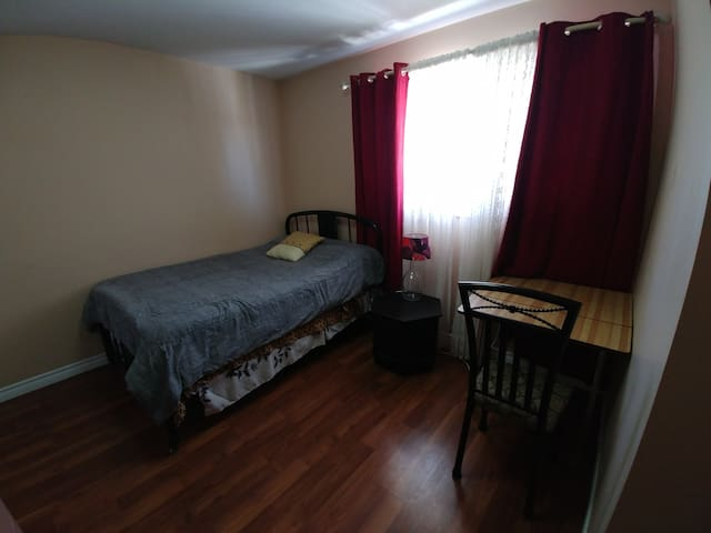 Master Bedroom on Taylor (B3) happy social house