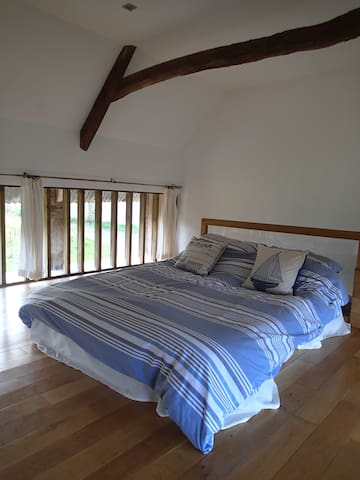 The Linhay, stay in a grade 2* listed cottage - Copplestone - Outros