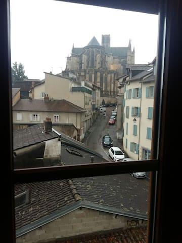 Duplex avec vue sur la Cathédrale