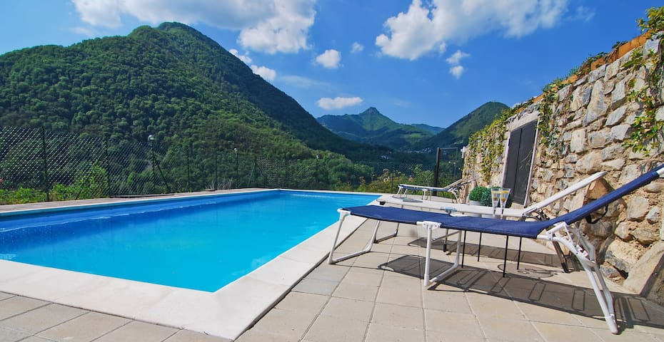 Panoramic lake view & pool - Argegno - Apartment