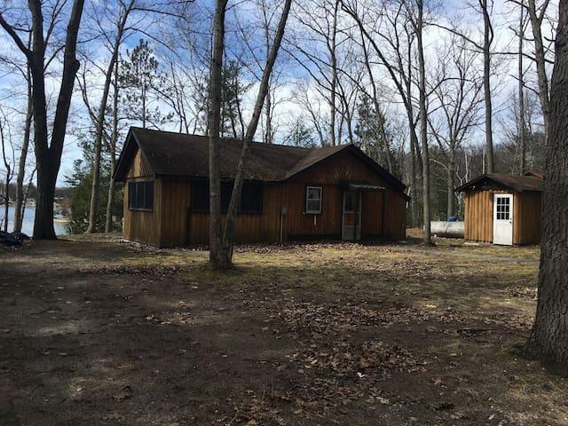 Harper Lake all sports cottage