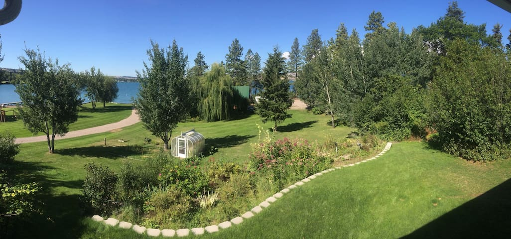 Flathead Lake Family Retreat - Polson - Srub