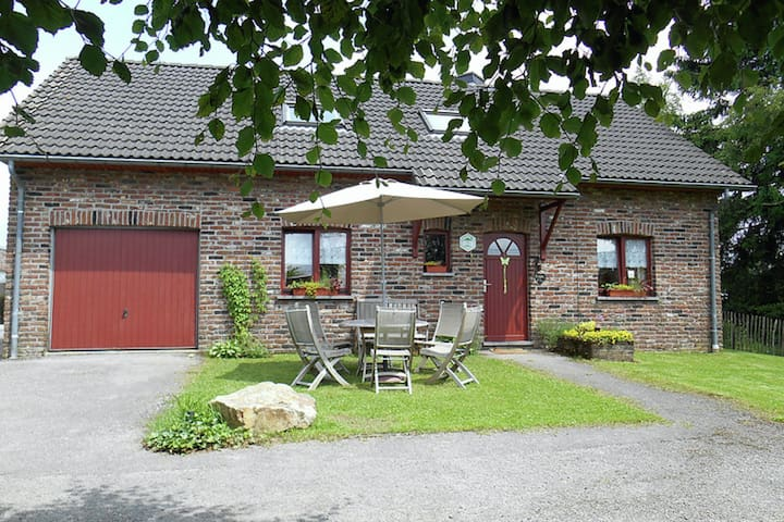 Nice holiday farmhouse located in Sourbrodt near to the ski resort of Ovifat