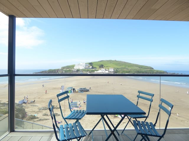 Beachfront Apartment, Bigbury-on-Sea, South Devon