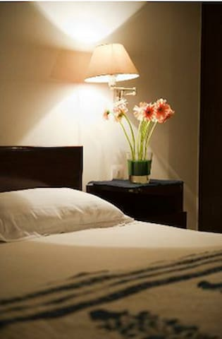 Mala Bindra Bed and Breakfast