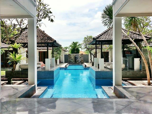 Villa Andaman Bali (riesige, charmante Villa)