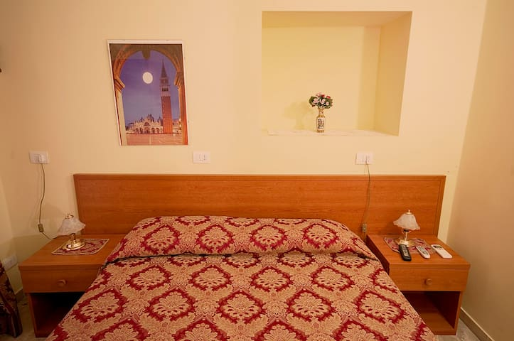 Private room in B&B, confort super