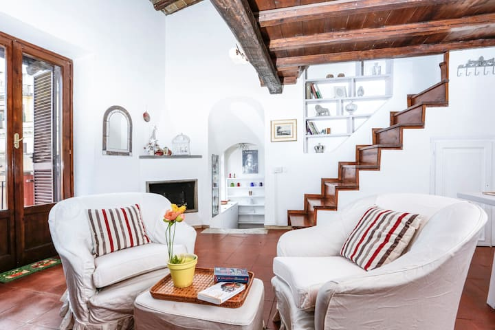 Pantheon Romantic Nest with Terrace - Roma