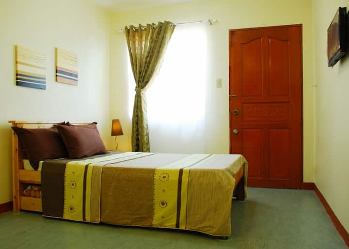 Fully Furnished Studio Hive Manila Guesthouse