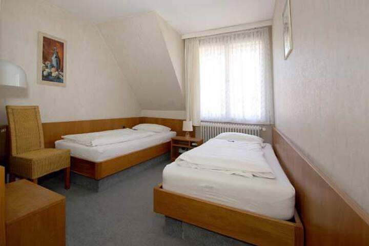 Twin Room, Hotel Atlantik - Celle - Bed & Breakfast