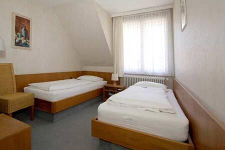 Twin Room, Hotel Atlantik - Celle
