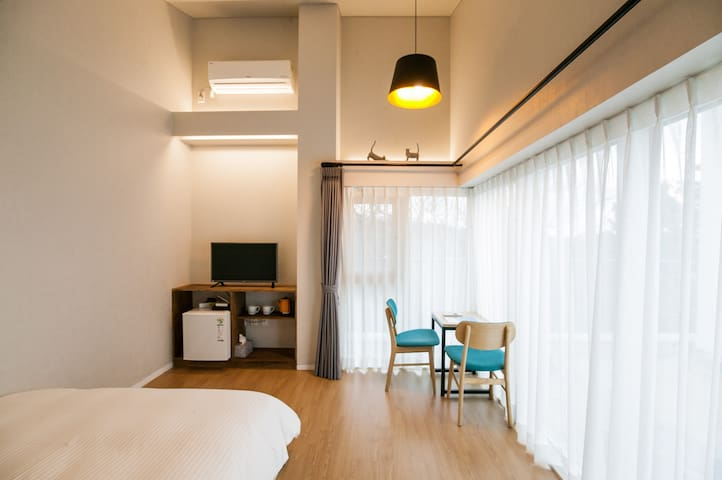 ★Ensuite private unit double room2 near Jungmun★