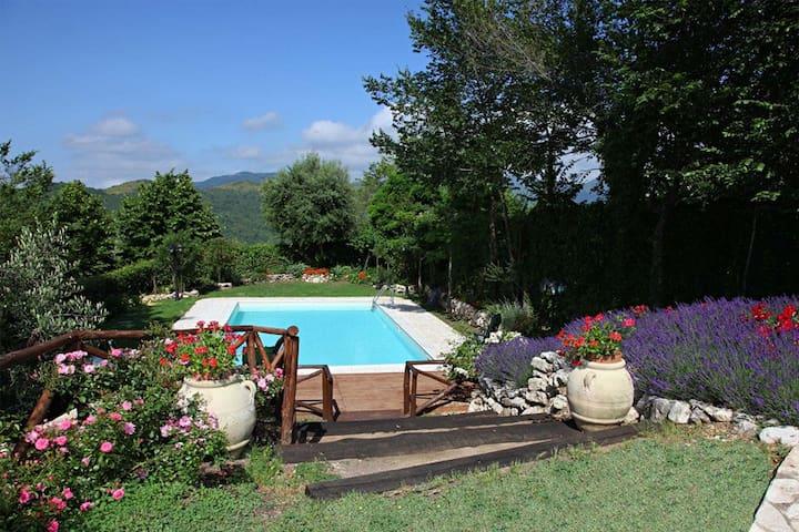 rose hill villa