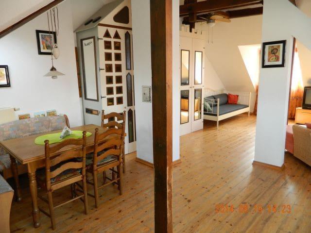 Dachgeschosswohnung Stadtmitte (DG) - Kevelaer - Apartment