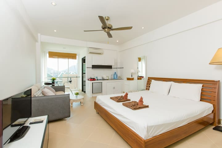 (A8237) Studio honey moon for 2 - Patong - Departamento