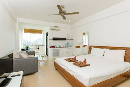 (A8237) Studio honey moon for 2 - Patong - Daire