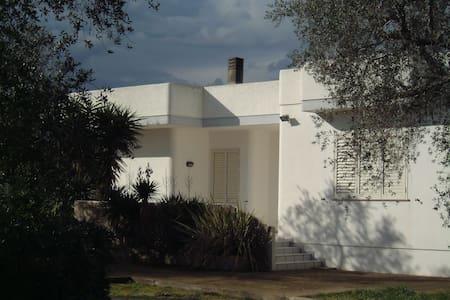 Casa Vacanza Tenuta Schiauddi - Bagnolo del Salento - Villa
