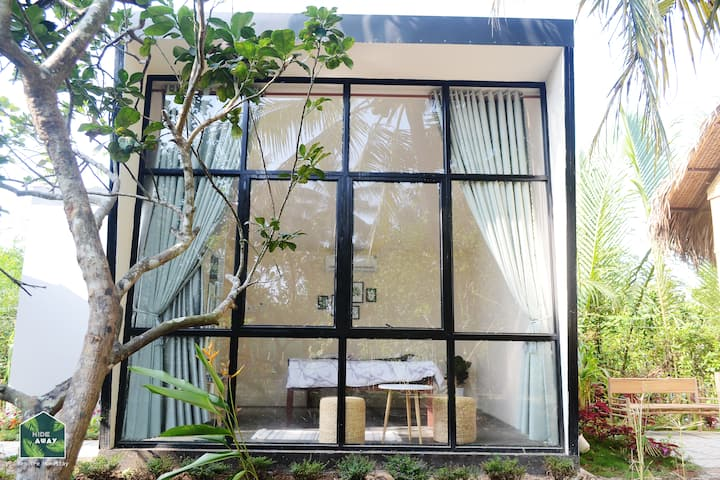 Cube House - Hide Away Homestay