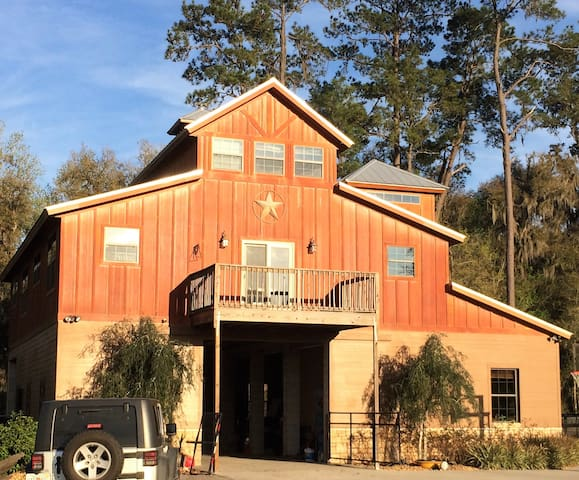 Foggy Ridge Farm Upscale Barn Guest House - Ocala - Rumah Tamu
