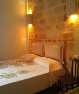 Casa Lopez - Apartment with Balcony