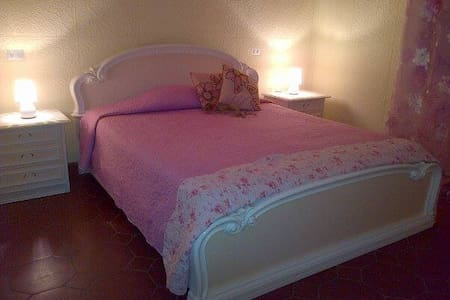 L'ImperatoreB&B-singole e doppie-  - Bed & Breakfast