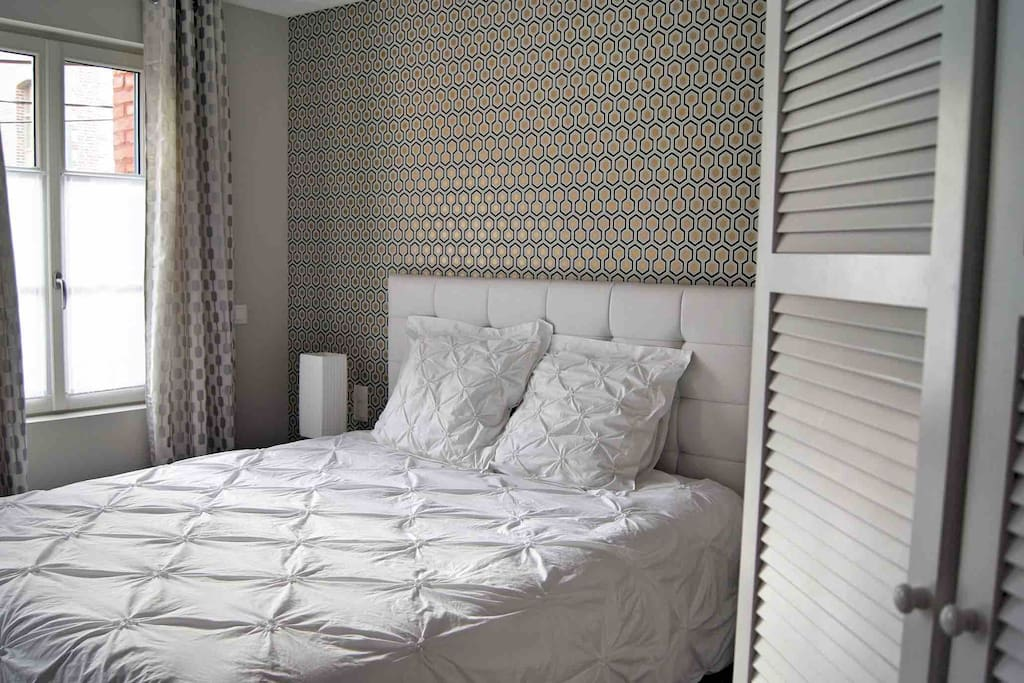 les bethunoises chambre art d co chambres d 39 h tes louer b thune nord pas de calais france. Black Bedroom Furniture Sets. Home Design Ideas