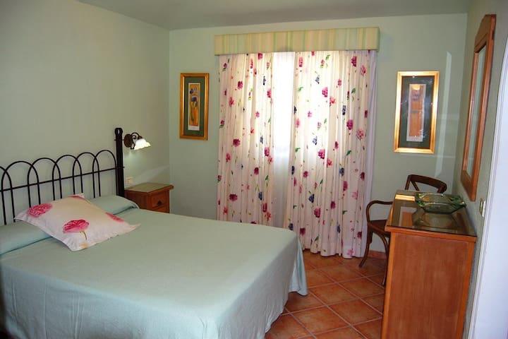 On suit bedroom (1)