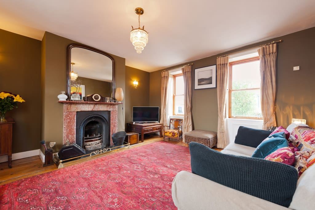 Drawing room with dual aspect windows