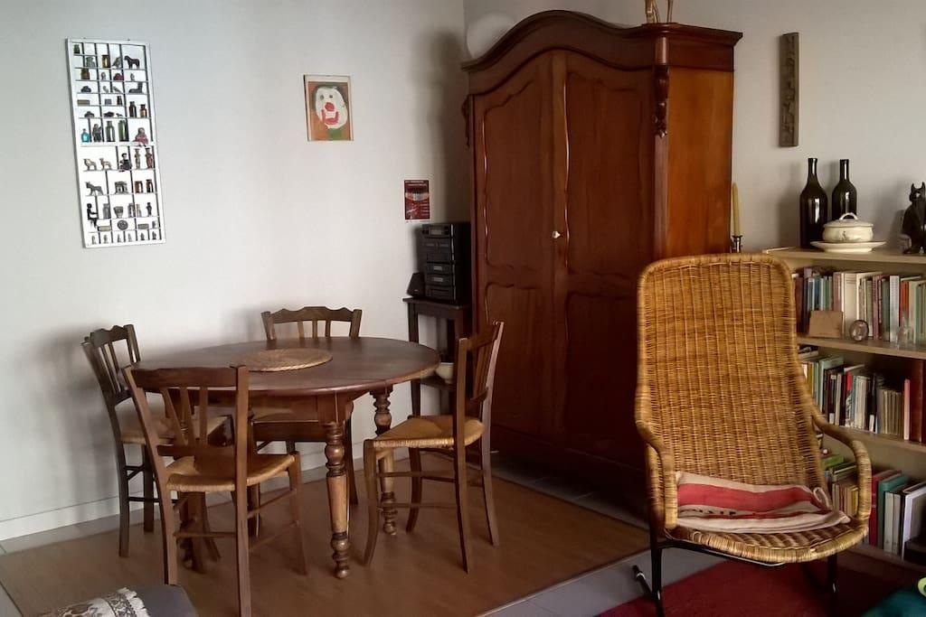 appartement pratique apartamentos en alquiler en langon aquitania francia. Black Bedroom Furniture Sets. Home Design Ideas