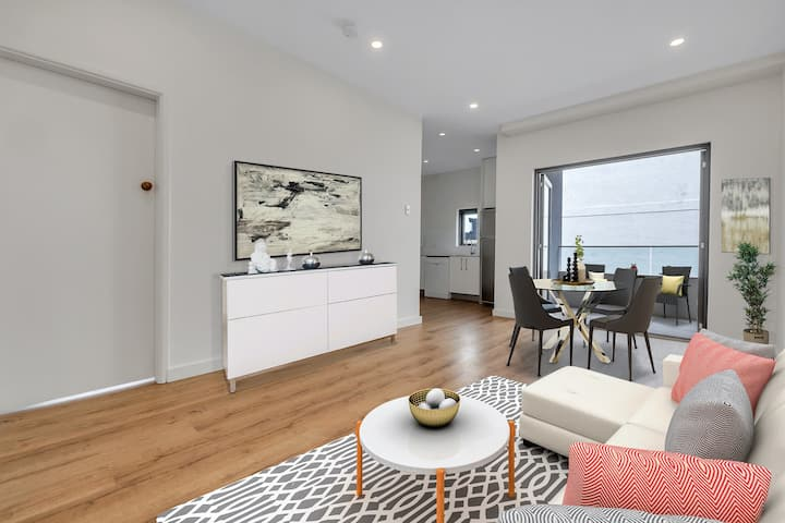 Brand New 1 Bedroom Apartment ON Bondi Beach