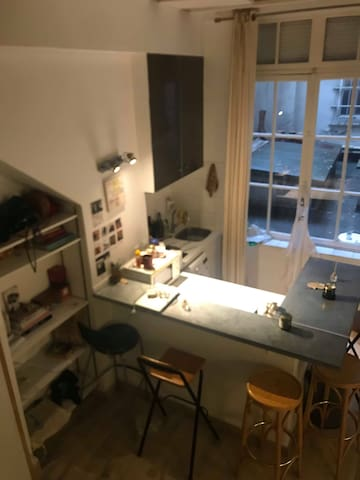 Cute and cosy studio in the heart of Paris !