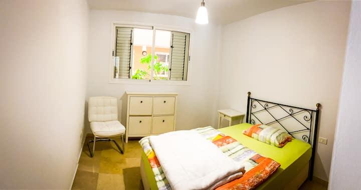 Zimmer in Stadtwohnung, Strandnähe!