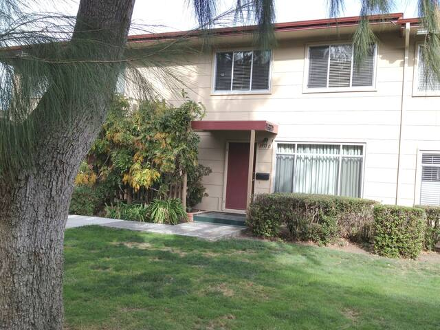Beautiful Condo for rent  Foster City/ San Mateo