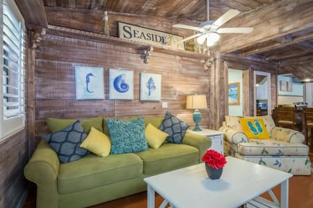 Driftwood Cottage (Retreat) - Clearwater Beach