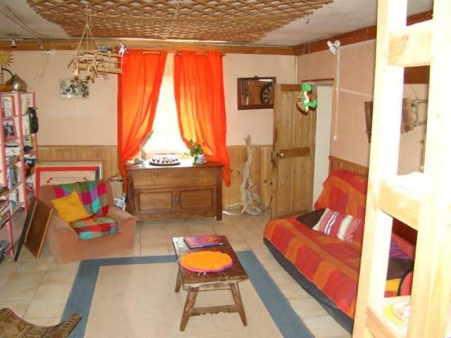 chambre dans maison avec jardin - Saint-Martin-de-Valgalgues - 단독주택