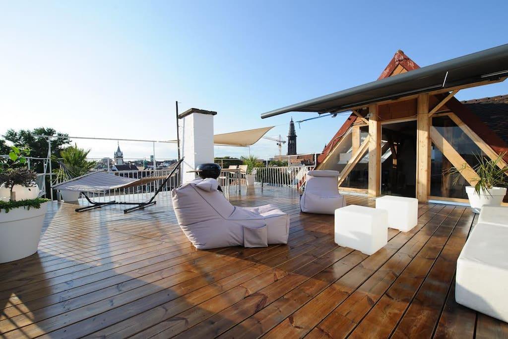 city penthouse mit dachterrasse wohnungen zur miete in freiburg im breisgau baden w rttemberg. Black Bedroom Furniture Sets. Home Design Ideas