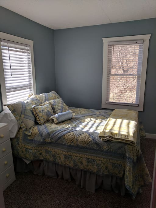 Bedroom #2 (Full)