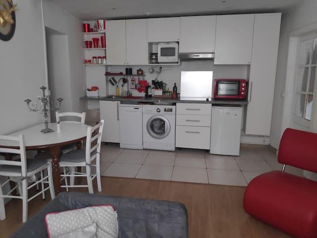 Appartement lumineux, proche toutes commodités
