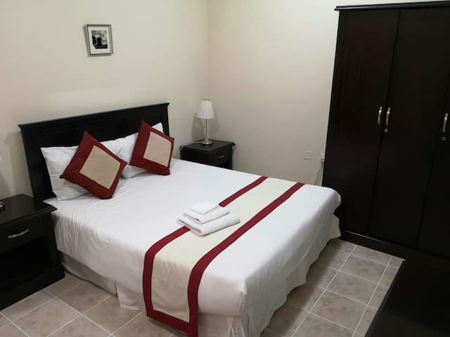F/Furnished 2BHK ON Daily, Weekly & Monthly Basis