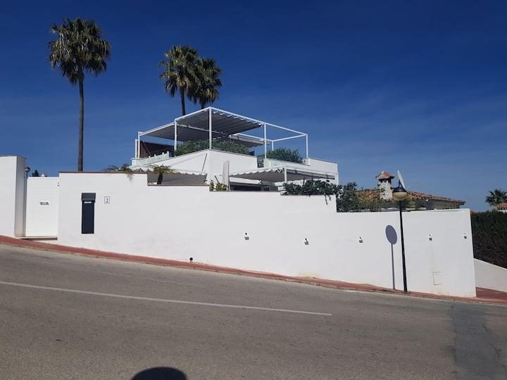 Villa Javier,petit bijou, tt confort et vue rare