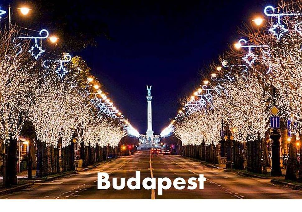 Budapest - Christmas city lights!