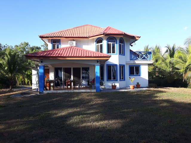 Beautiful Las Lajas Beach Retreat