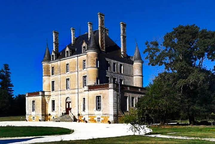Chateau De Puybelliard
