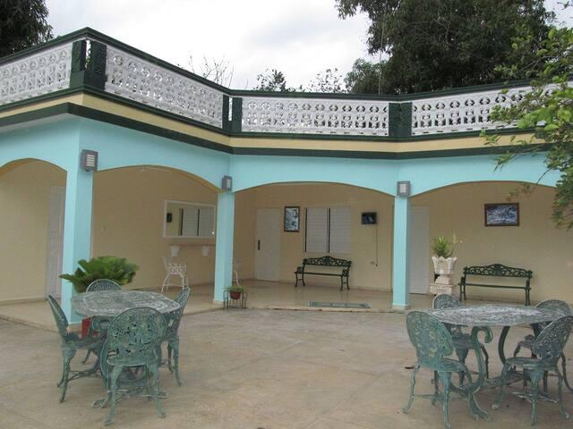 Hostal Villa El Caney
