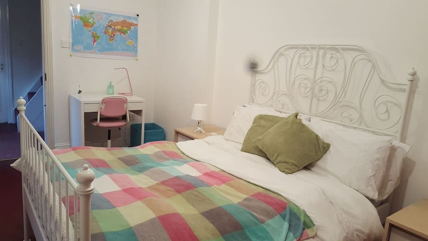 Double bed Room, Great location
