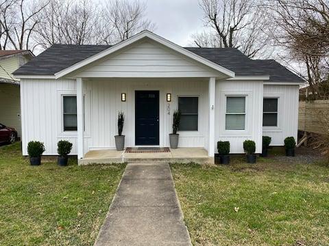 Clark's Cozy Cottage