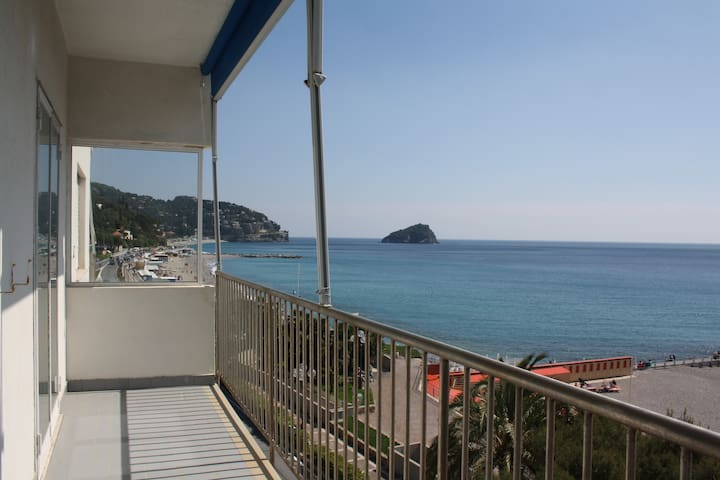 Holiday Home on the Liguria Gulf - Spotorno