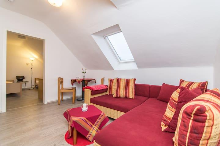 Ferienwohnung mit Küche und Bad - Gelsenkirchen - Appartement
